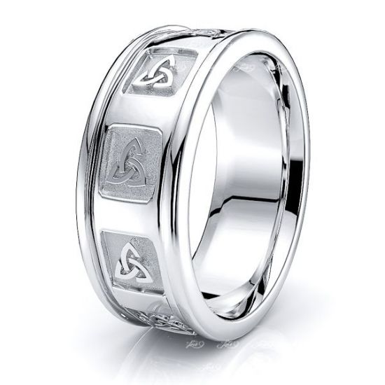 Aeronwen Trinity Knot Mens Celtic Wedding Band