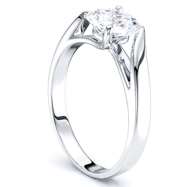 Hoboken Solitaire Engagement Ring