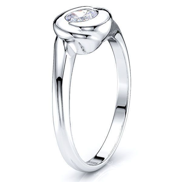 Edison Solitaire Engagement Ring