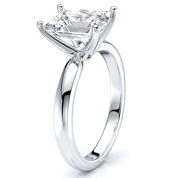 Solitaire Reno Engagement Ring