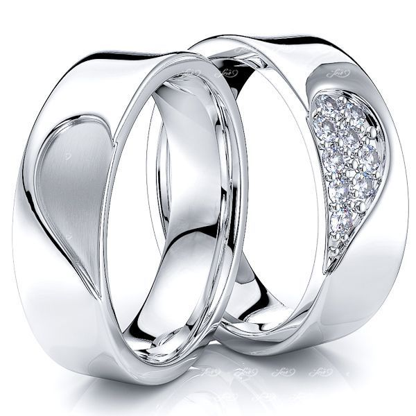 0.14 Ctw 6mm Matching Heart Design His and Hers Diamond Wedding Band Set