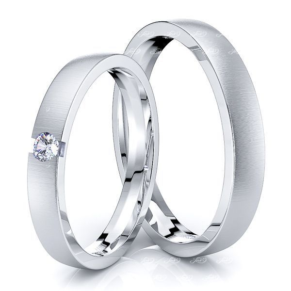 0.05 Carat 3mm Simple Elegant His and Hers Diamond Wedding Band Set