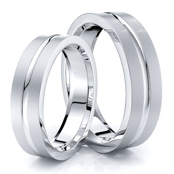 Simple Traditional Design 5mm His and Hers Wedding Band Set