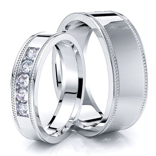 0.25 Carat Popular Classic 7mm His and 5mm Hers Diamond Wedding Band Set