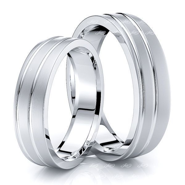 Elegant Modern Designer Matching 5mm His and Hers Wedding Band Set